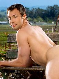 Devon Hunter naked