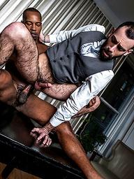 Stephen Harte Rides Black Pearl's Big Black Dick