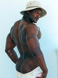 Leon Jackson - Black Bodybuilder Pics Naked