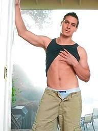 Hot stud Sonny Nash naked